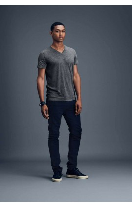 AN362 ADULT FEATHERWEIGHT V-NECK TEE