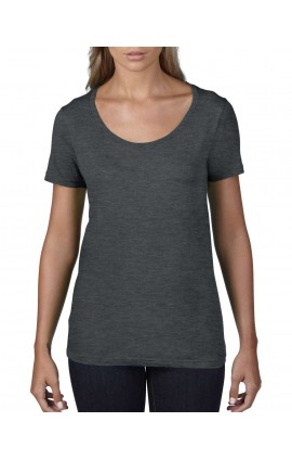 AN391 WOMEN'S FEATHERWEIGHT SCOOP TEE