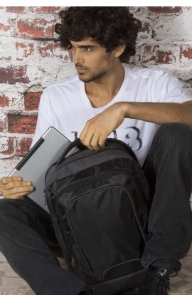 KI0142 BUSINESS LAPTOP BACKPACK